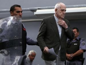 O último presidente da ditadura, Reynaldo Bignone, de 83 anos, é acusado de sequestros, torturas, assassinatos e de causar o desaparecimento de pessoas durante o regime militar (1976-1983).