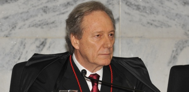Cerimônia de posse do novo presidente do TSE, ministro Ricardo Lewandowski