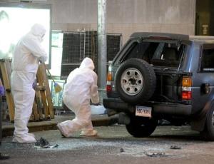 Policiais do departamento científico inspecionaram o carro do atentado fracassado na Times Square