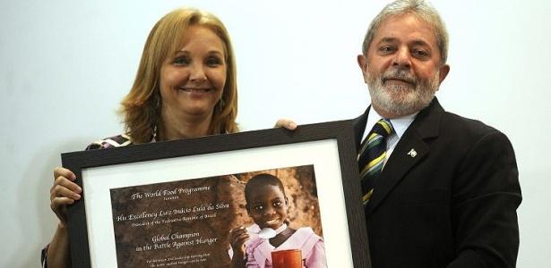 """Lula recebe o prêmio """"Campeão do Mundo na Batalha Contra a Fome"""", concedido pela ONU"""