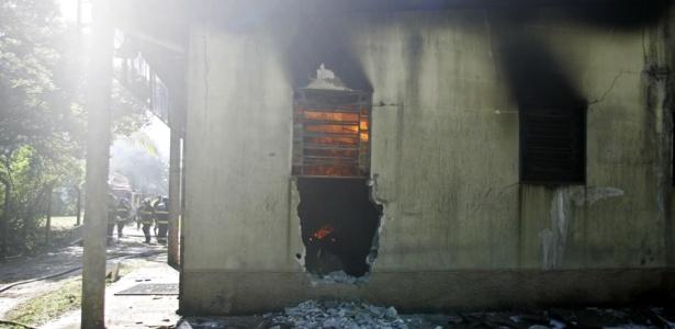 Laboratório de répteis do Instituto Butantan é atingido por incêndio neste sábado