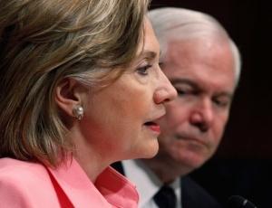Em reunião com comitê no Senado, Clinton anunciou o fechamento do acordo de sanções
