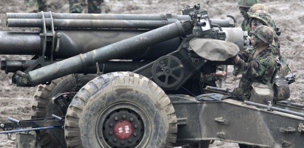 Sul-coreanos fazem exercício militar contra ataque da Coreia do Norte; <b>veja mais fotos</b>