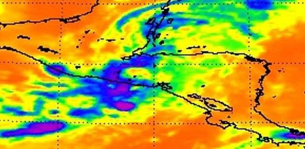 Nasa mostra imagens recentes de desastres naturais, como a tempestade tropical Agatha