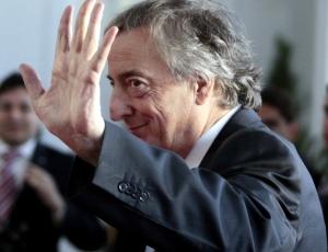 Candidatura de Néstor Kirchner é apoiada por principais deputados peronistas
