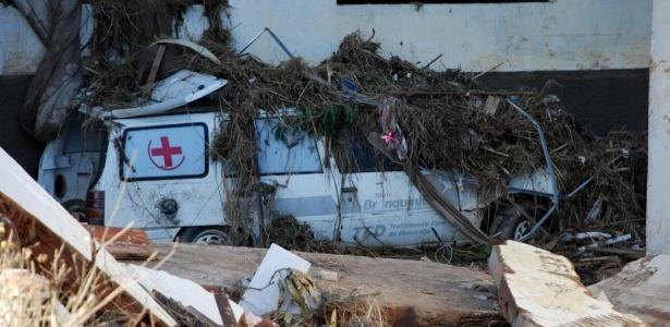 Em Branquinha (AL), todos os prédios públicos foram destruídos pela força das águas
