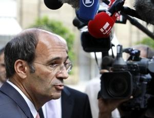 O ministro francês do Trabalho e ex-ministro do Orçamento, Eric Woerth, acusado de conflito de interesses em relação a uma suposta fraude fiscal e financiamento eleitoral ilegal
