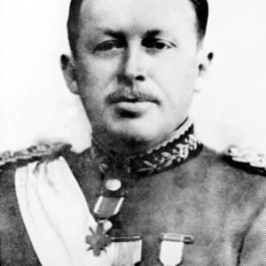 Dívida foi contraída durante ditadura de Alfredo Stroessner (na foto, em 1955)