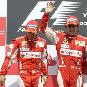Ultrapassagem polêmica de Alonso sobre Massa gerou críticas por parte das outras equipes