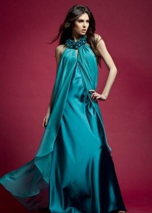 Gulnara Alimuradova, Miss Azerbaijão 2010; clique <br> e veja mais fotos da bela representante