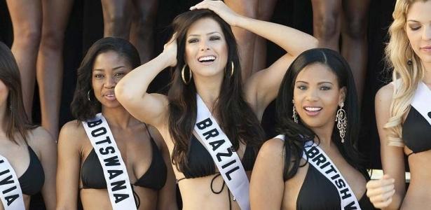 Débora Lyra, a Miss Brasil, já em Las Vegas, ao lado de outras beldades; veja mais fotos