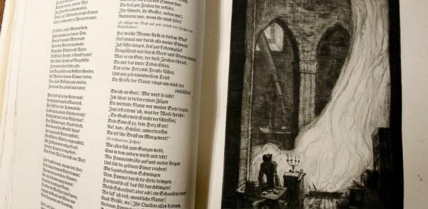 """Edição rara de """"Fausto"""", de Goethe, escrita em alemão gótico seiscentista"""