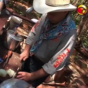 Peões mantém tradição na festa e disputam prêmio de R$ 1 mil