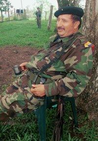 Mono Jojoy em foto de arquivo de 2000; veja mais fotos do dia
