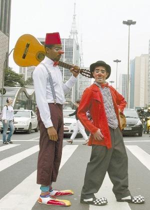 Artistas na avenida Paulista, em SP, em 2009