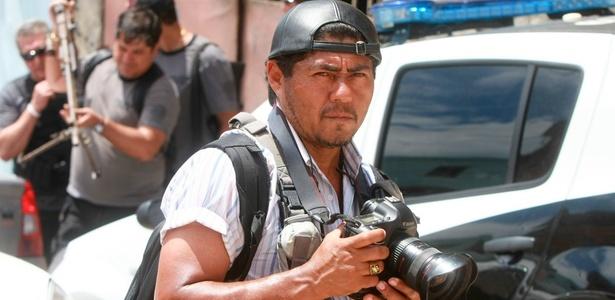 Severino Silva, 51, fotografa há 23 anos para a imprensa carioca e há 11 está no jornal O Dia