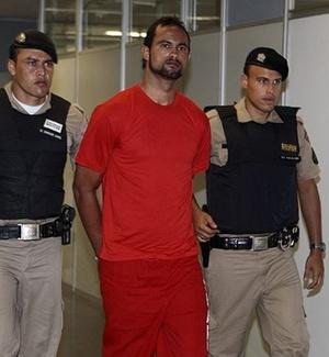 Goleiro Bruno comparece a depoimento sobre o desaparecimento de Eliza Samudio