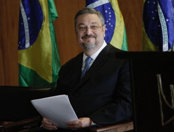 O ex-ministro da Fazenda Antonio Palocci assumiu a chefia da Casa Civil em cerimônia ocorrida no Palácio do Planalto, em Brasília