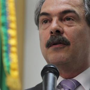 Aloizio Mercadante, ministro da Ciência e Tecnologia, espera que produção de toda a cadeia de componentes dos tablets seja feita no país