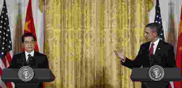 Presidente da China, Hu Jintao, e presidente dos Estados Unidos, Barack Obama, em coletiva de imprensa - Jim Young/Reuters