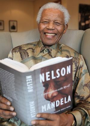 Retrato do ex-presidente sul-africano Nelson Mandela - Debbir Yazbek/AP