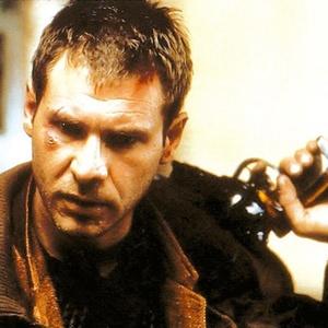 """Harrison Ford em cena de """"Blade Runner"""" (1982)"""
