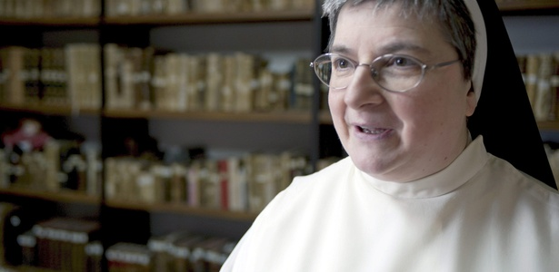"""María Jesús Galán, uma freira enclausurada de 54 anos, mais conhecida como """"irmã Internet"""""""