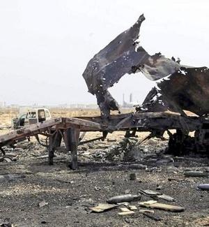 Helicóptero de Gaddafi é derrubado na Líbia por forças da coalizão