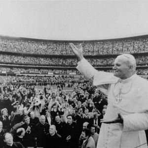 """O carisma, a ação política e o conservadorismo estão entre os marcos do """"papa peregrino"""" - Youssef Boudlal/Reuters"""