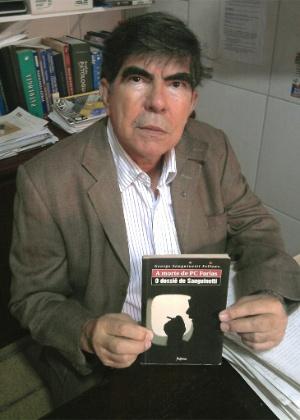 Médico-legista George Sanguinetti, que defende a tese de que PC e Suzana foram assassinados