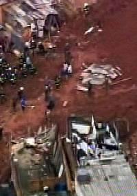 Imagem de TV mostra local do deslizamento de terra