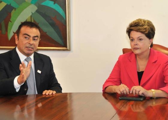 Presidente Dilma recebe o chefão mundial da Renault-Nissan, Carlos Ghosn, no Planalto - José Cruz/Agência Brasil