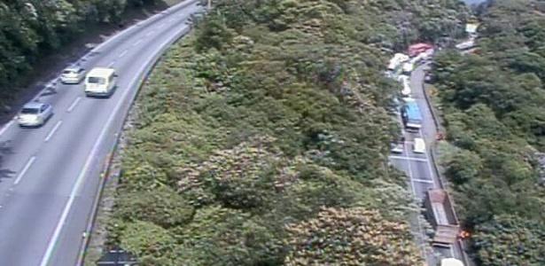 Movimento no km 43 da via Anchieta (SP) - Reprodução/Ecovias