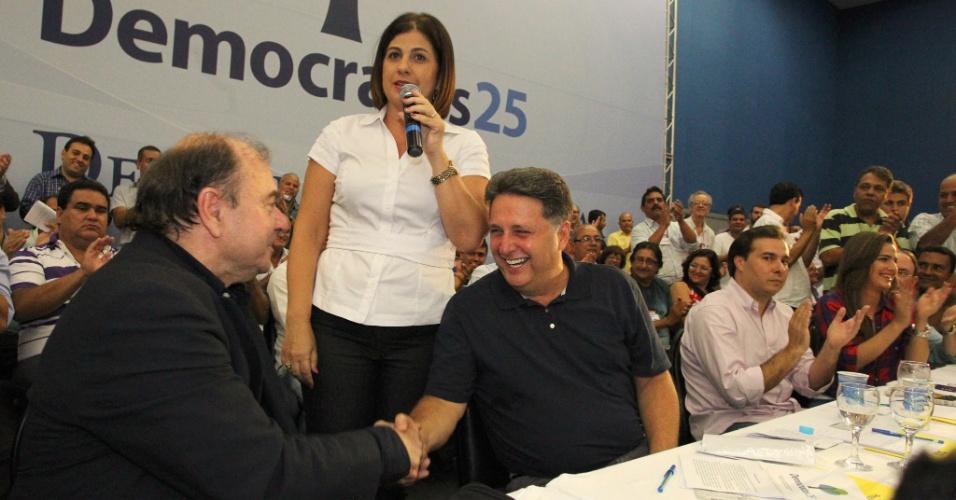 Cesar Maia (DEM) (à esq.) e Garotinho (PR) anunciam aliança entre seus partidos no Rio De Janeiro