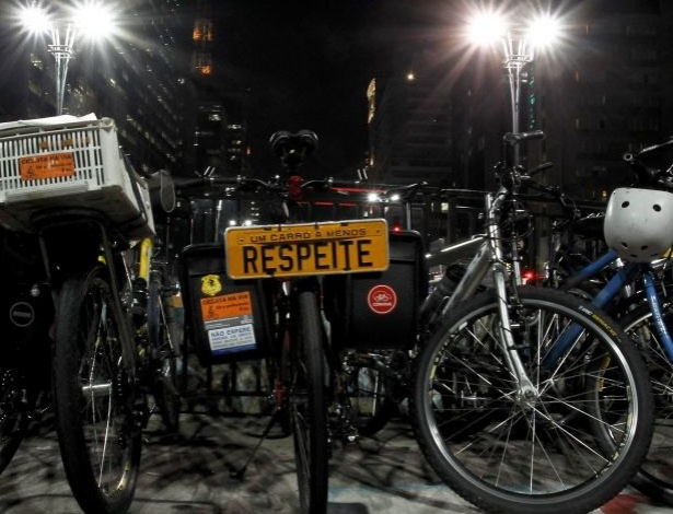Ciclistas de várias cidades brasileiras realizam nesta terça-feira (6) a