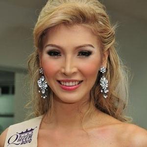 Jenna Talackova, a Miss Canadá e primeira candidata transexual da história do concurso - Reprodução/Missology