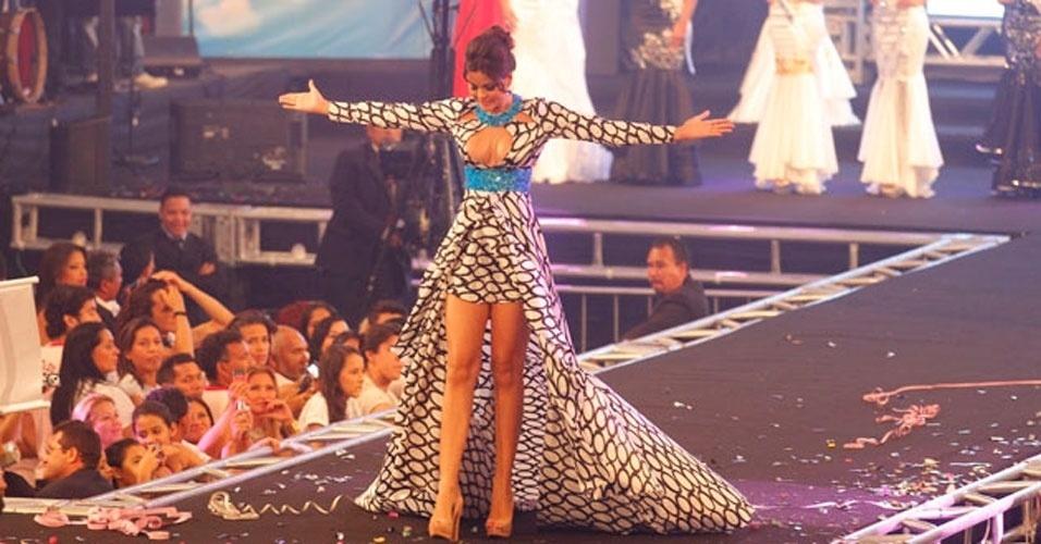 A jovem Layse Souto, 19, é a Miss Pará 2012. Ela recebeu a faixa da Miss Pará 2011, Ana Paula Padilha (foto), e a benção da Miss Brasil 2011, Priscila Machado, em Belém