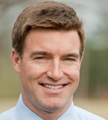 O candidato ao senado de Kentucky (EUA), Jack Conway