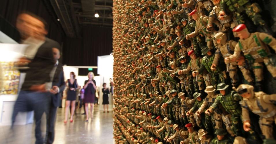 Obra de arte síria nos Emirados Árabes Unidos