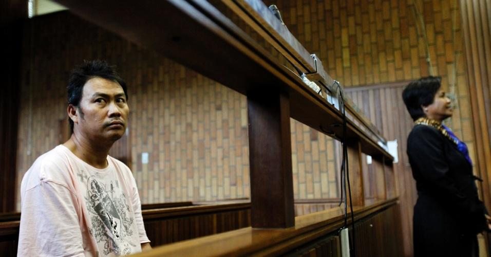 Tribunal sul-africano julga, em Johannesburgo, o tailandês Tun Csi Pem por suspeita de participação em grupo de traficantes de chifres de rinoceronte