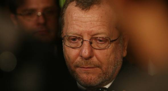 18.jul.2007 - Secretário de Segurança Pública Ronaldo Marzagão dá entrevista nesta madrugada