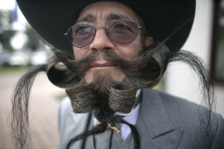 Campeonato Mundial reúne os mais diversos tipo de penteados para barbas e bigodes