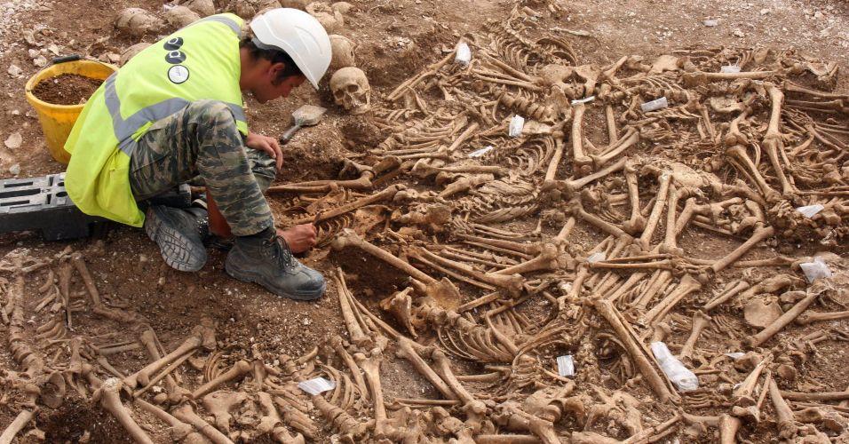 Esqueletos vikings na Inglaterra