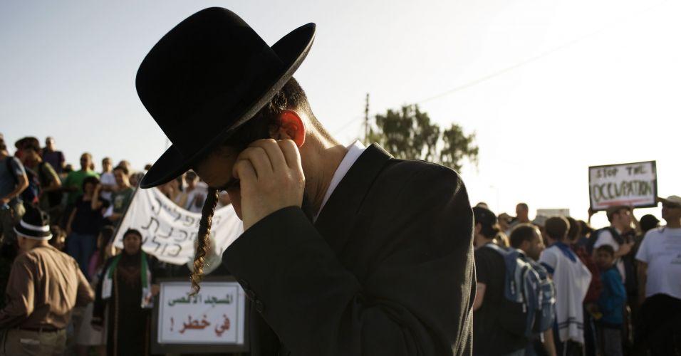 Israel vive dia de tensão e protestos