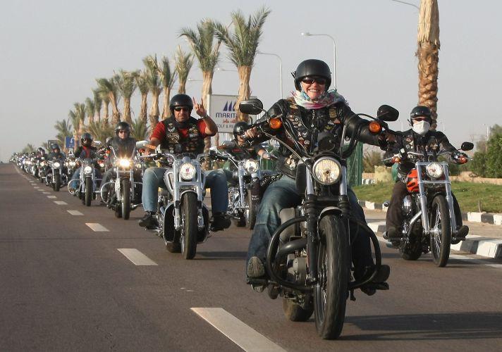 Egito tem rali de Harley Davidson