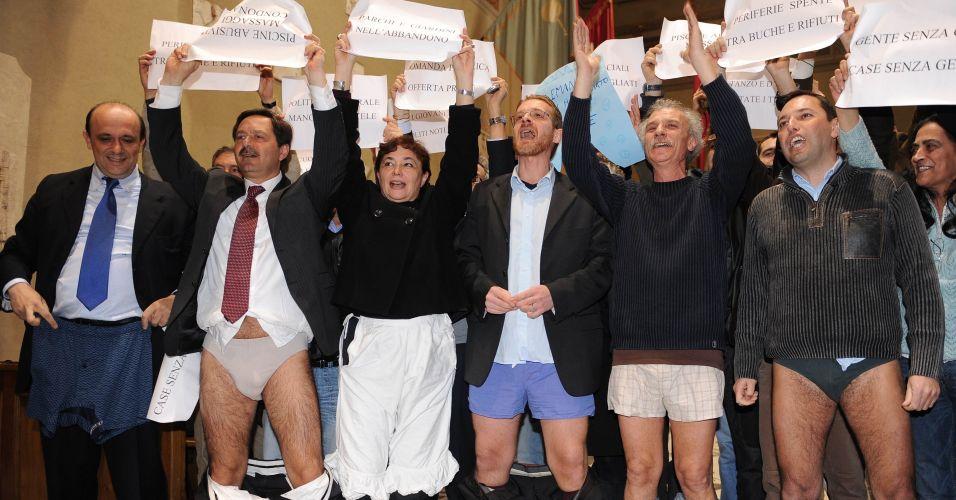 Políticos italianos de cueca