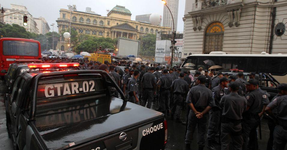 Mais de 4.700 policiais foram deslocados para garantir a segurança dos participantes pelo governador do Rio de Janeiro, Sérgio Cabral, para protestar contra a emenda aprovada na Câmara dos Deputados