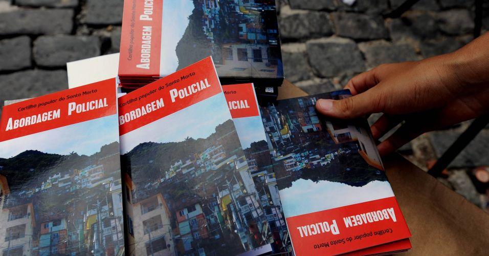 """""""Abordagem Policial"""" para moradores de favelas"""