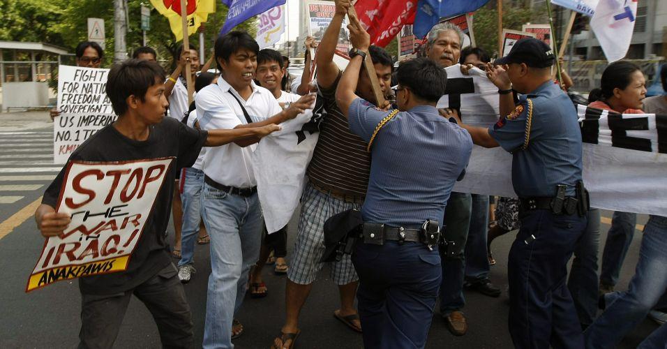 Protesto lembra invasão ao Iraque