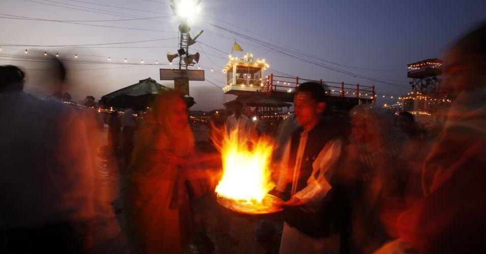 Rituais hindus no Ganges
